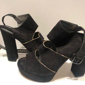 Stuart Weitzmann slits heels black suede size 8
